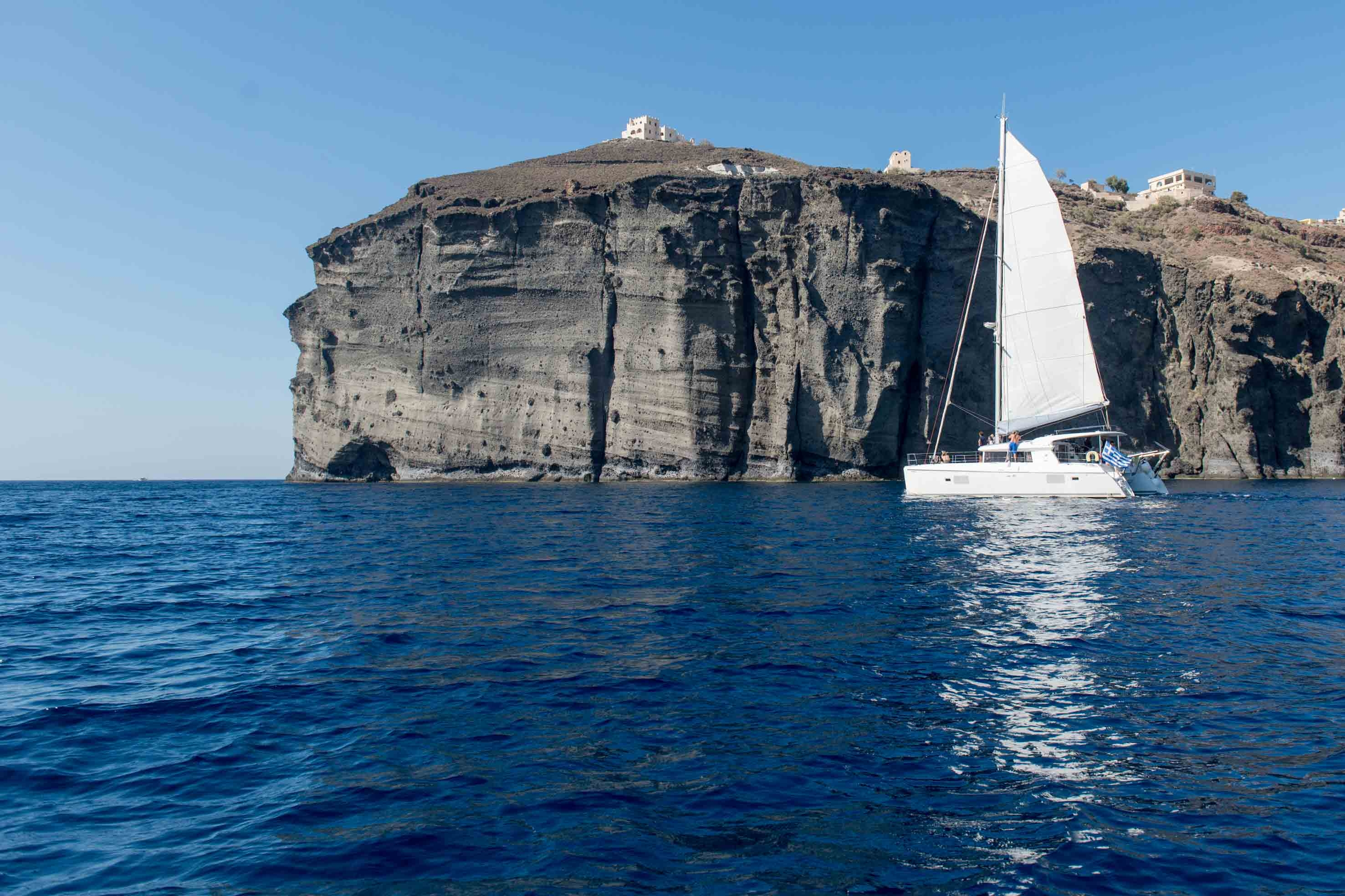 Santorini 5 Hour Catamaran Classic Day Cruise